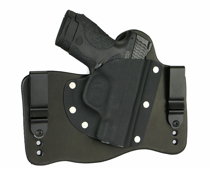 Choosing the Best Tuckable Holster: Top 3 Holsters
