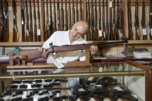 Gun Brokers and Dealers – Why They Matter
